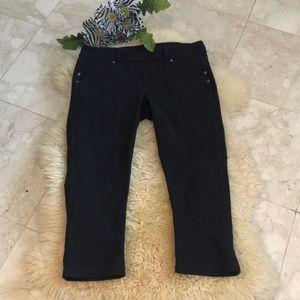 Athleta Capri leggings